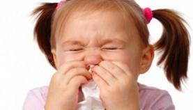 Hướng dẫn cách phòng ngừa và chăm sóc trẻ viêm mũi dị ứng